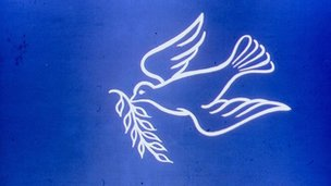 _66705090_peace_dove_olive_branch